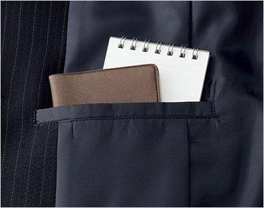 右側内ポケット