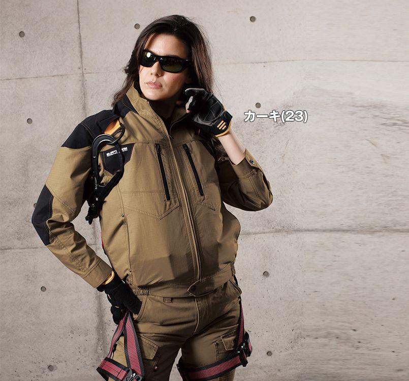 バートル AC1141 バートル エアークラフト[空調服]綿100% ハーネス対応  長袖ブルゾン(男女兼用) 11-AC1141 エアークラフトブルゾン(男女兼用) モデル着用雰囲気1